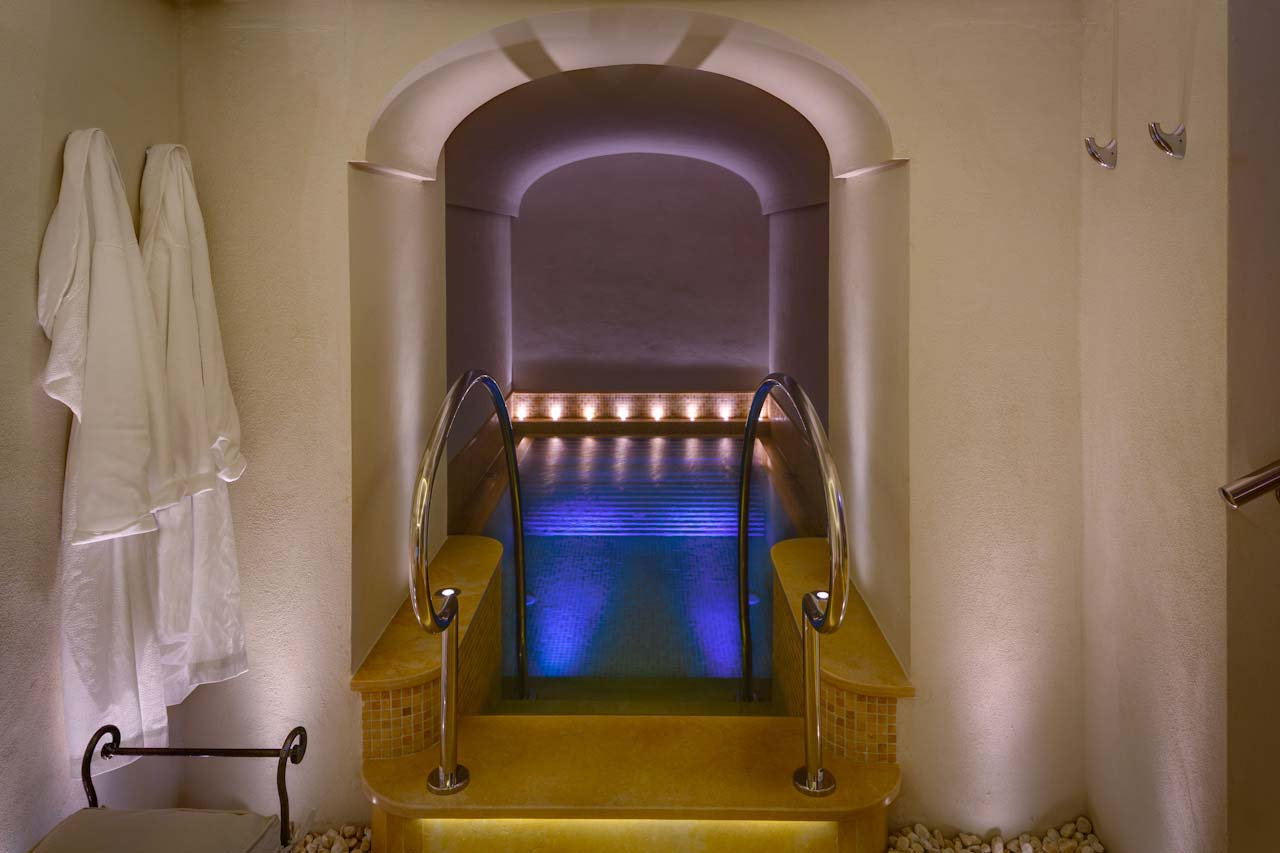 Monastero Santa Rosa Spa Immersion Pool Photo